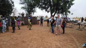 Besuch in einem Dorf